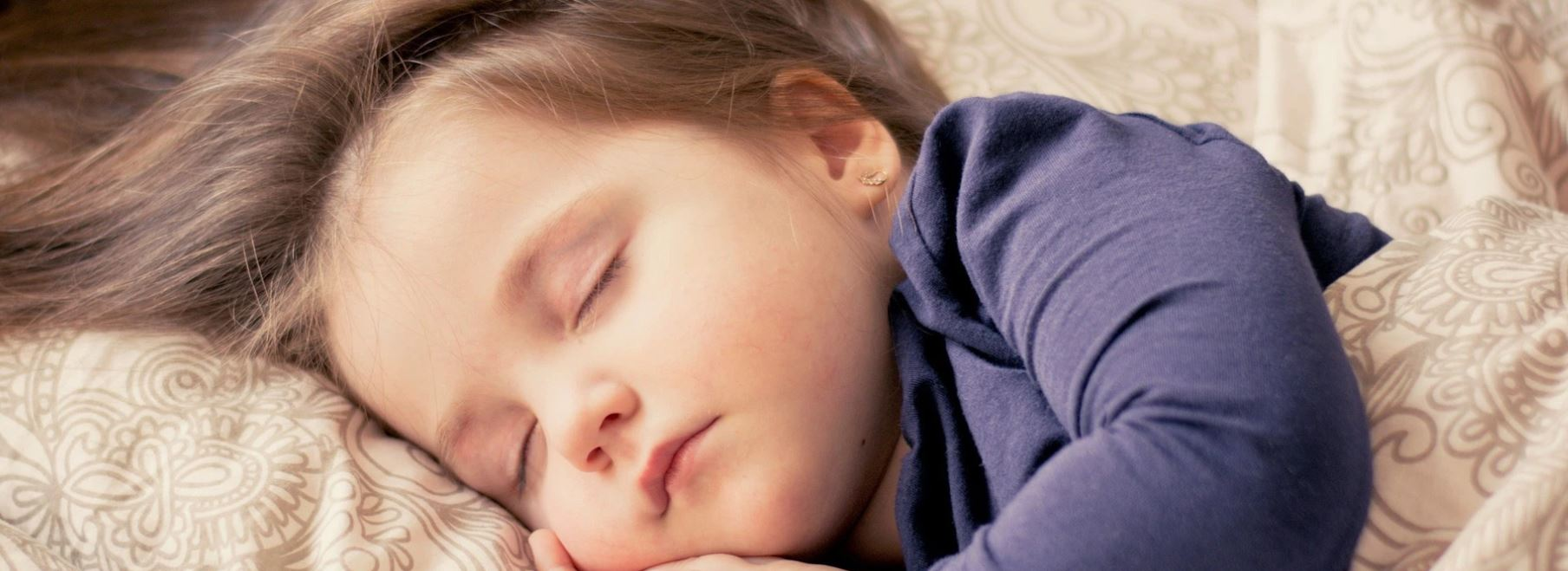 Sophrologie pour enfant, problèmes de sommeil enfants