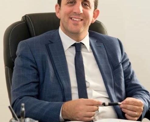 Dr Toledano
